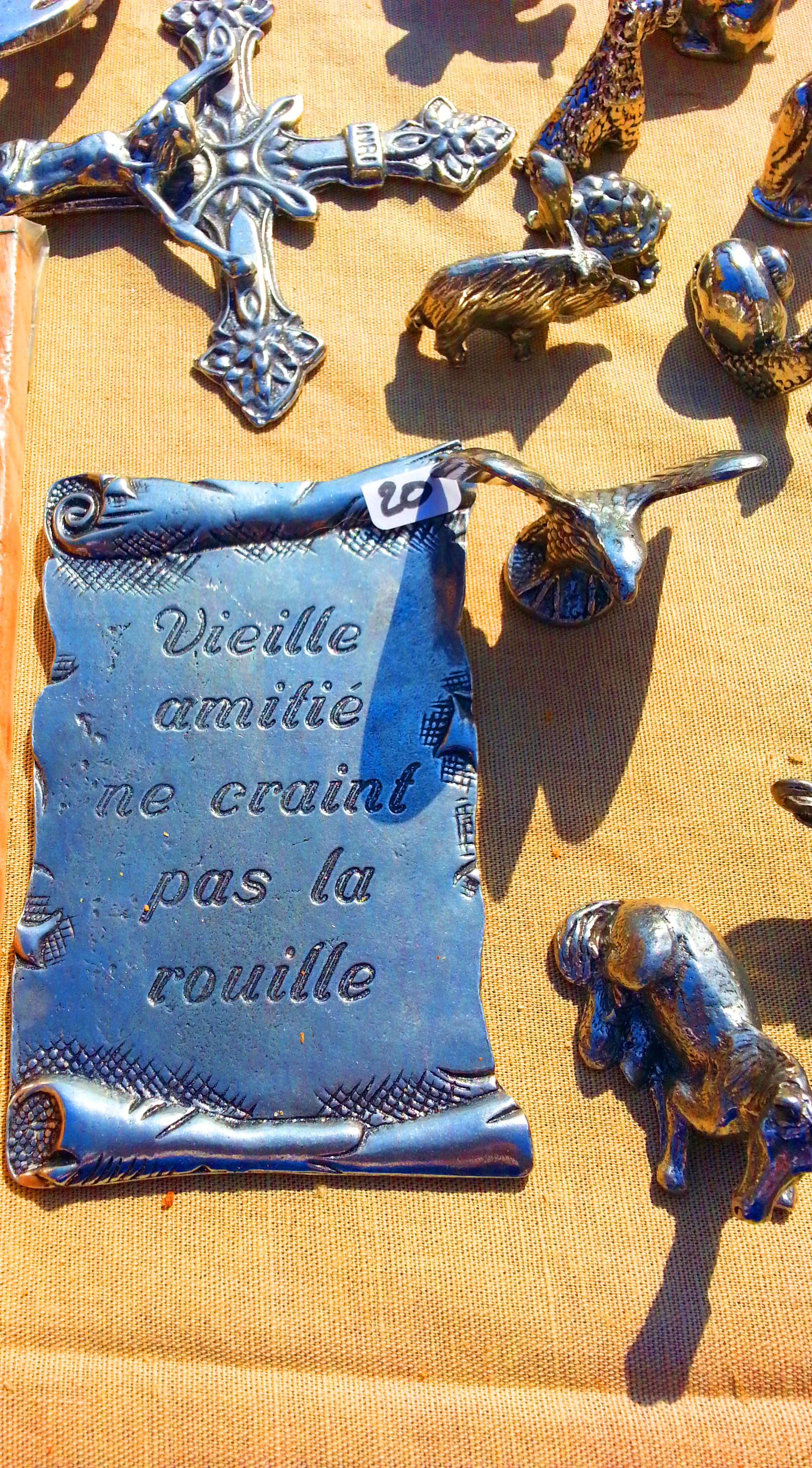 Objets décoratifs médiévaux Biot et les Templiers