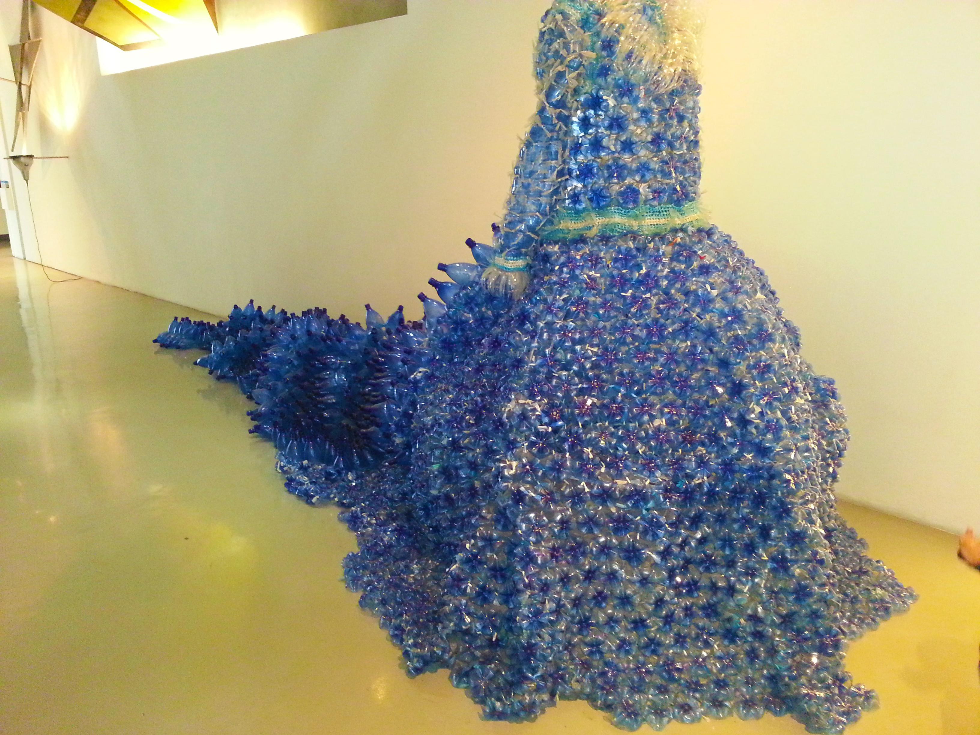 robe de mariée au MAMAC de Nice