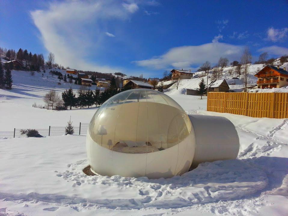 nuit insolite dans la bulle du cians beuil valberg. Black Bedroom Furniture Sets. Home Design Ideas