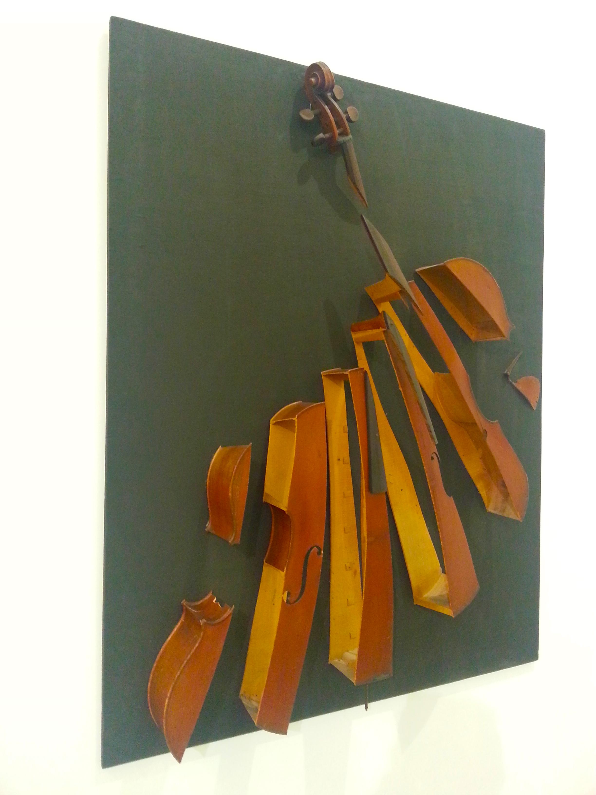 violon au MAMAC de Nice