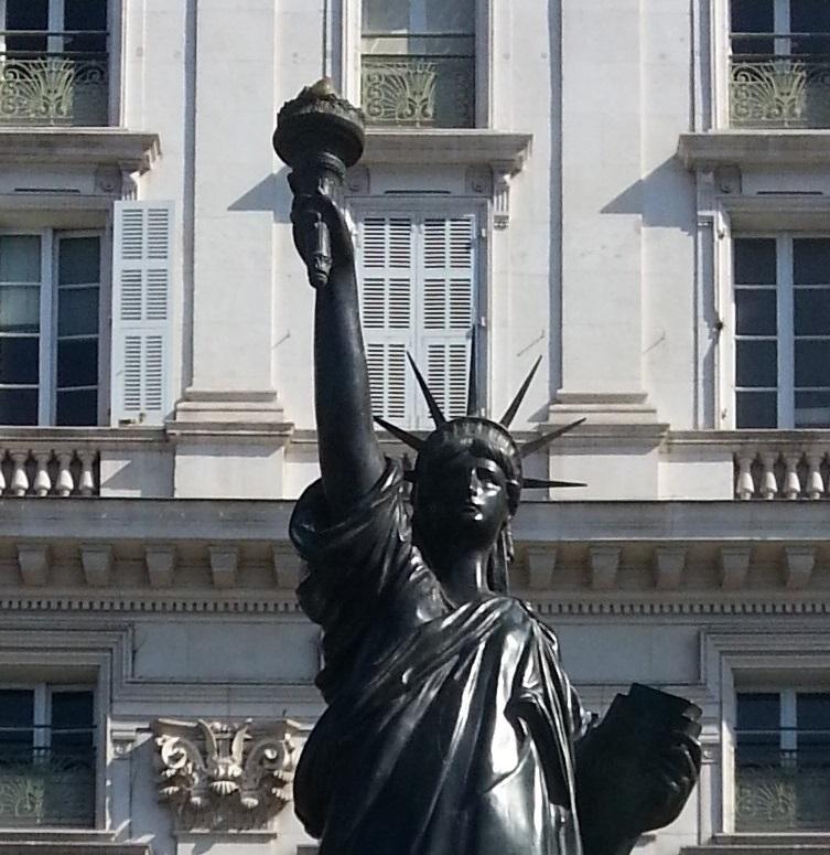 La statue de la liberté de Nice