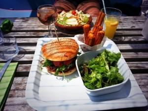 hi burger hi beach