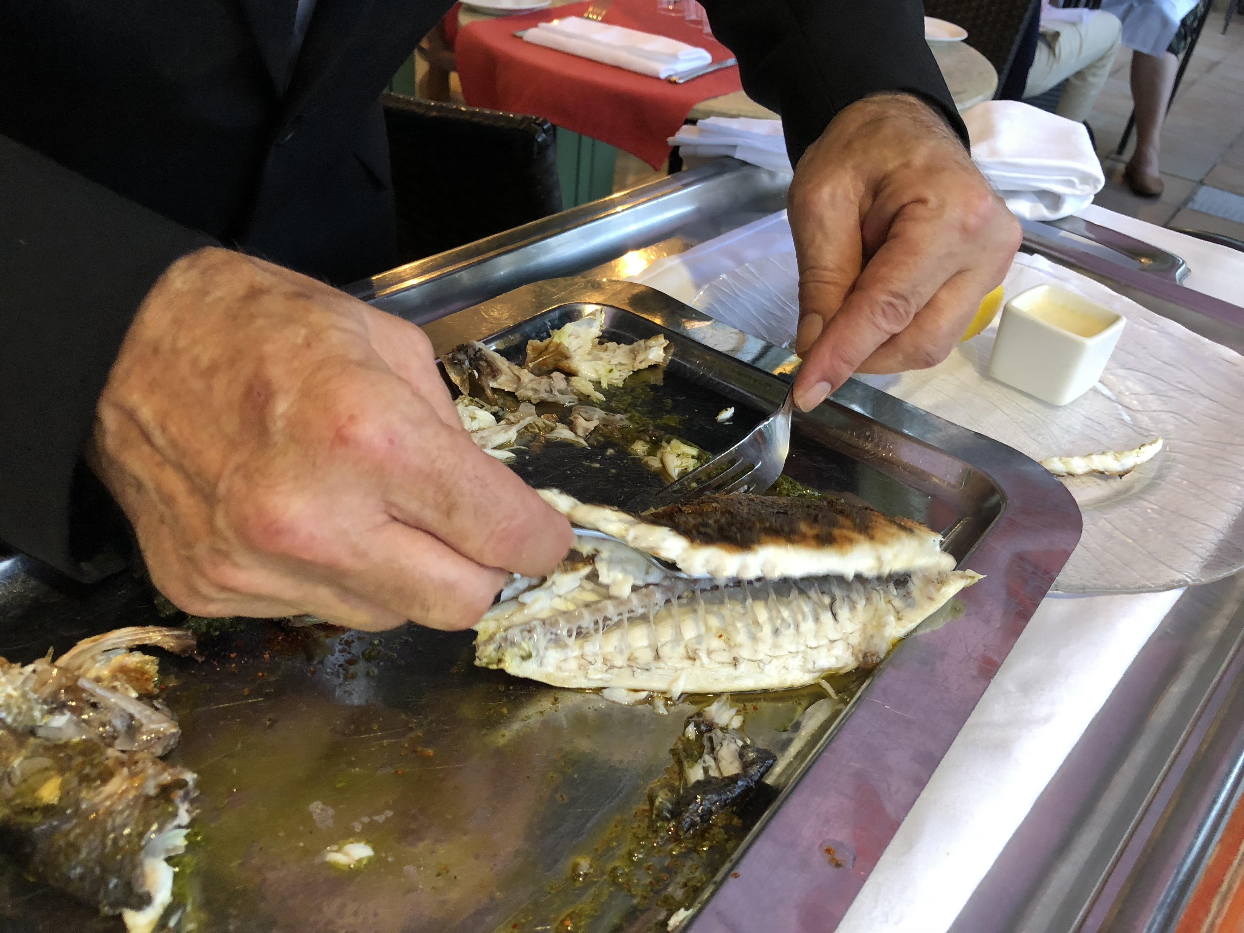 poisson restaurant bord de mer nice promenade des anglais le siècle west end