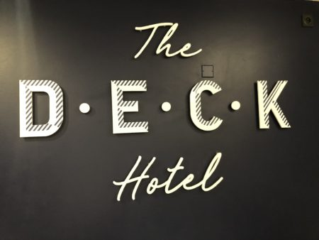 the deck hotel nice