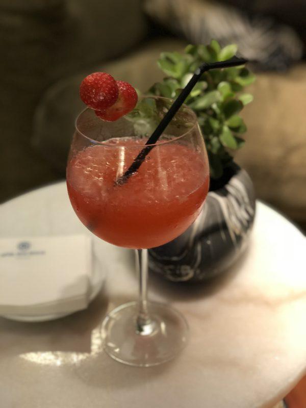 boire un cocktail à nice