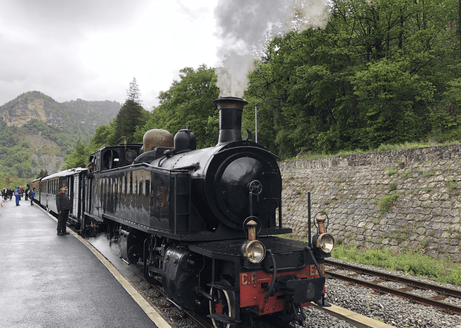 Formidable escapade à bord du train des Pignes à vapeur